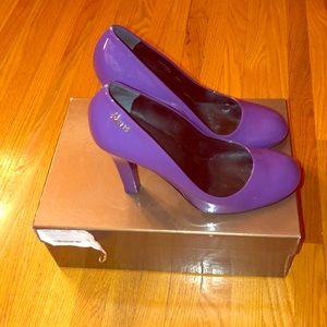 ac952b5702a 100% Authentic Gucci purple heels w box 38.5